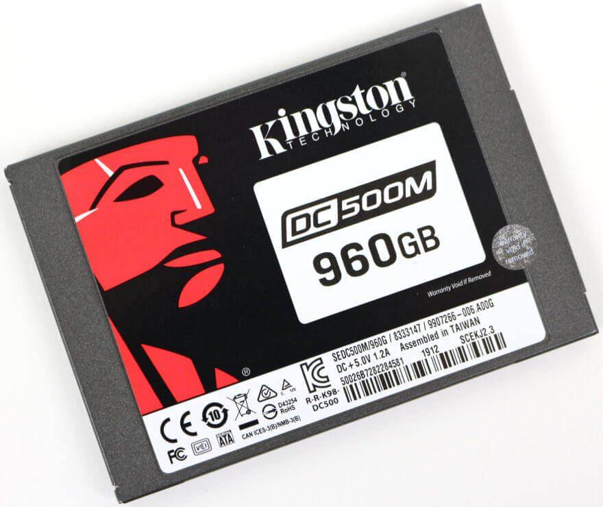 Kinston DC500M 960GB Photo angle 1