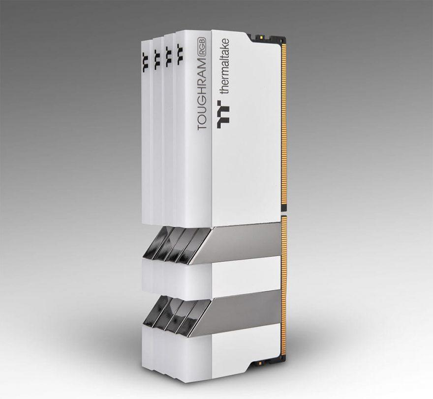 Thermaltake TOUGHRAM RGB White Edition DDR4