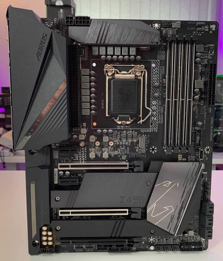 Gigabyte Z490 AORUS PRO AX Motherboard Review