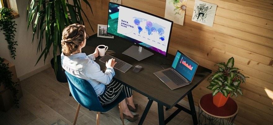 Dell UltraSharp Monitor