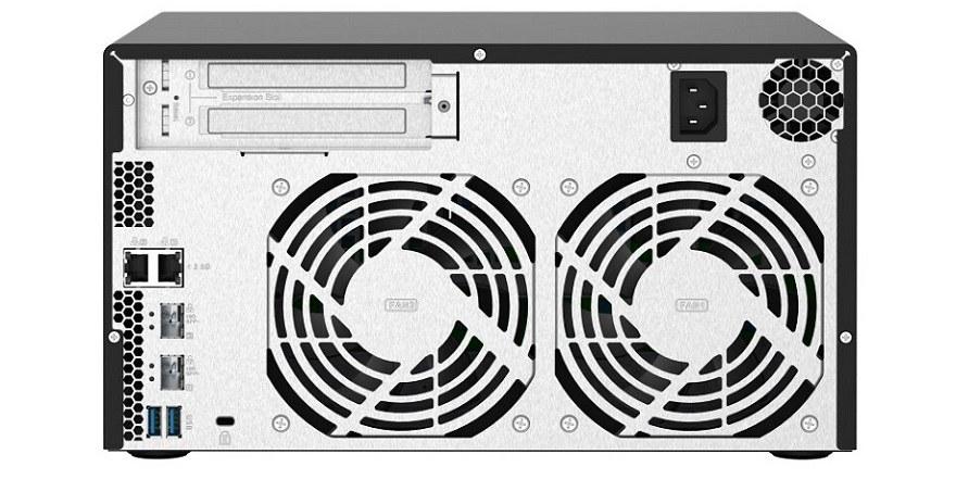 QNAP Quad-Core 8-Bay TS-832PX NAS