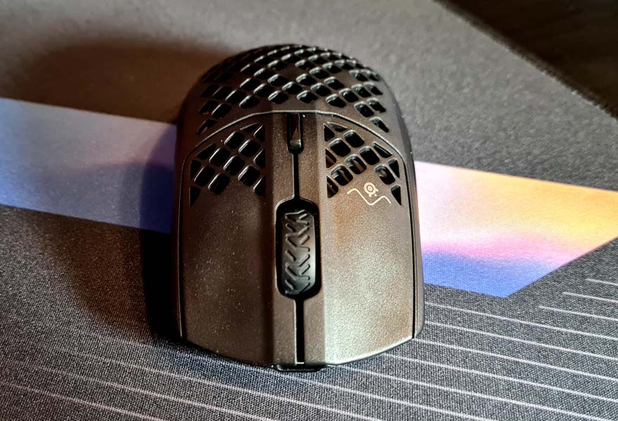 SteelSeries Aerox 3 Wireless Super Light Mouse Review front