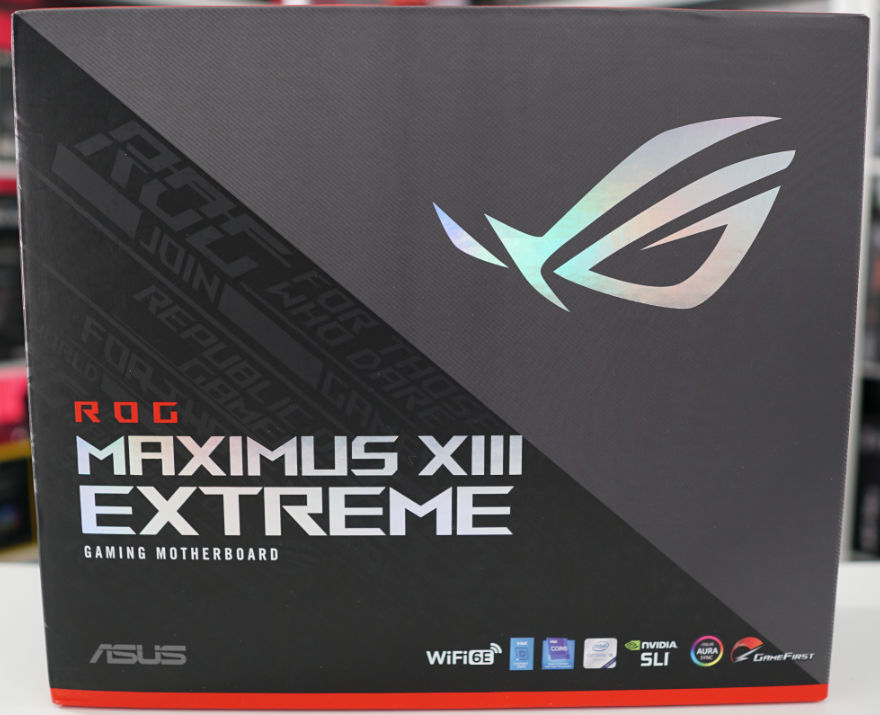 ASUS ROG MAXIMUS XIII EXTREME Motherboard box front