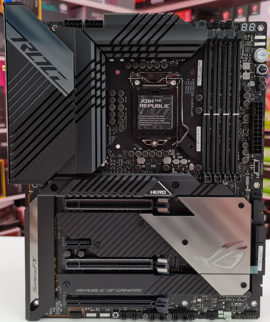 ASUS ROG MAXIMUS XIII Hero Motheboard whole
