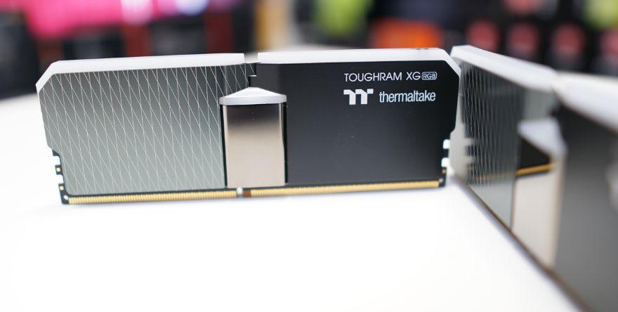 THERMALTAKE TOUGHRAM XG RGB 16GB 3600MHz fun