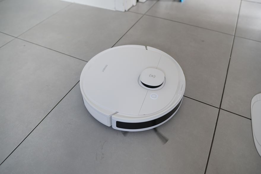 ECOVACS DEEBOT N8+ Featured Image